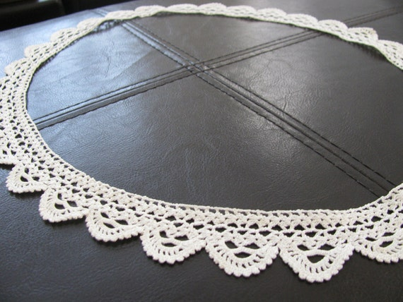 Hand Crochet Lace Trim Ivory Scalloped Edging Complete Circle