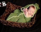 Newborn Photo prop pea pod cocoon 3 balls photography New