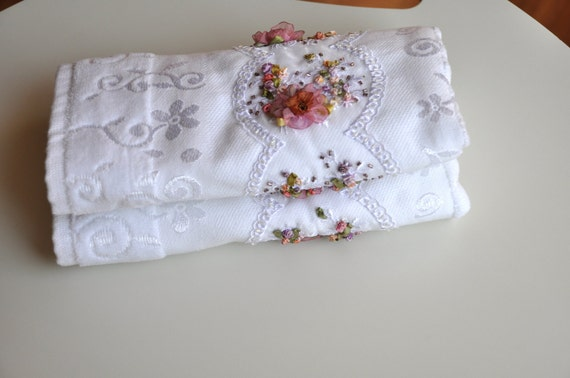ribbon embroidered towel