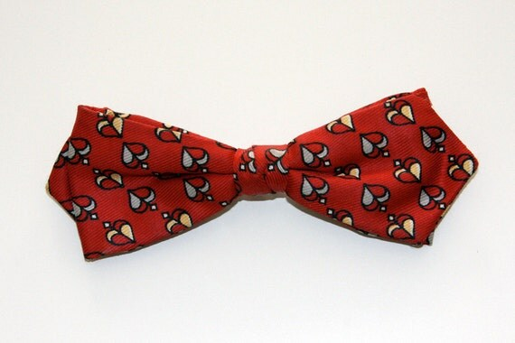 King of Hearts Red Clip On Bow Tie