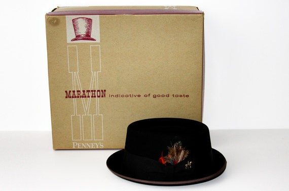 Picture Perfect Penney's Marathon Pork Pie Fedora Hat and Box