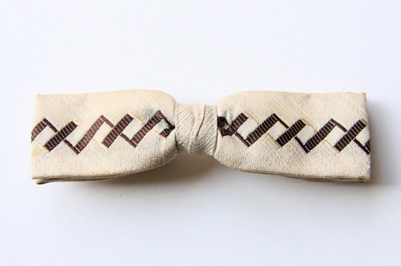 Zig Zag Beige and Brown Clip On Bow Tie