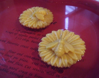 Pure Beeswax Sunflower with Bee Floating Candles-set of 2