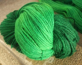 Green Clover Worsted Weight Wool