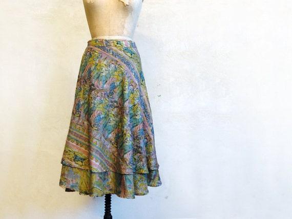 70s Silk Wrap Skirt // Dainty Midi // Medium