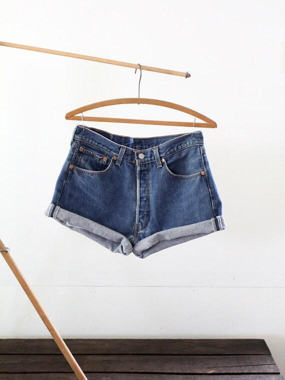 1980s Levis Cut Offs / Vintage Jean Shorts / W 31