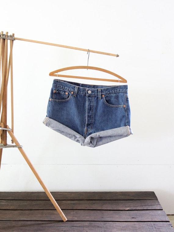 1980s Levis Cut Offs / Vintage Jean Shorts / Waist 34