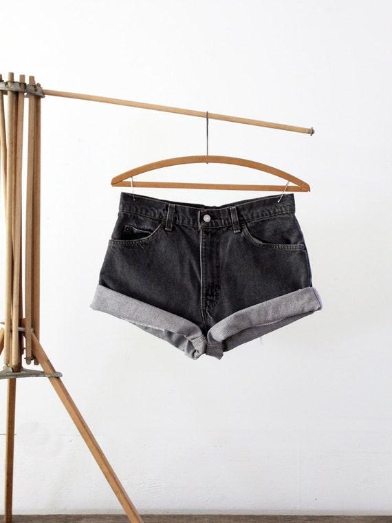 Vintage Black Jean Shorts / Levis Denim / Waist 31
