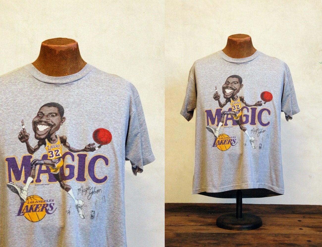 Vintage Magic Johnson T-Shirt // 1980s LA Lakers Tee
