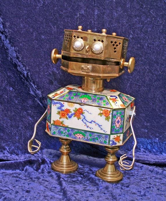 LUCY LU - Found Object Robot