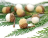 Felted Acorns woodland white beige honey thanksgiving fall autumn winter decor