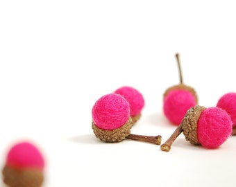 Felted Acorns hot pink valentines spring decor nature eco friendly
