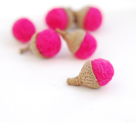 Honeysuckle Acorns, small hot pink honeysuckle fuschia ecofriendly 10 mini