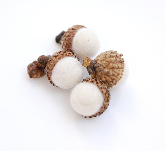 Felted Acorns, winter white nature woodland decor frost ecofriendly
