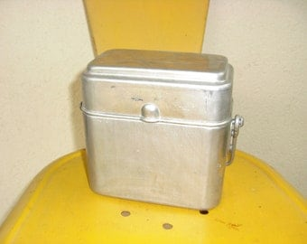 Vintage antique French lunch box