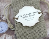 20 Burlap Wedding Favor Bags - All things grow with love - Personalized