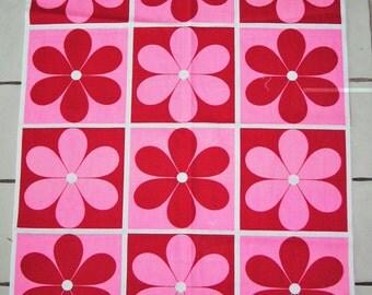 MOD 1960s Flower Fabric