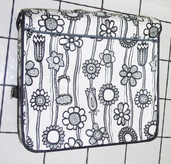 Large 1960s Marimekko Samsonite Garment Bag