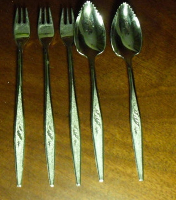 Vintage Stainless Steel Flatware from Oneida (Community) in Woodmere (7 Pieces)