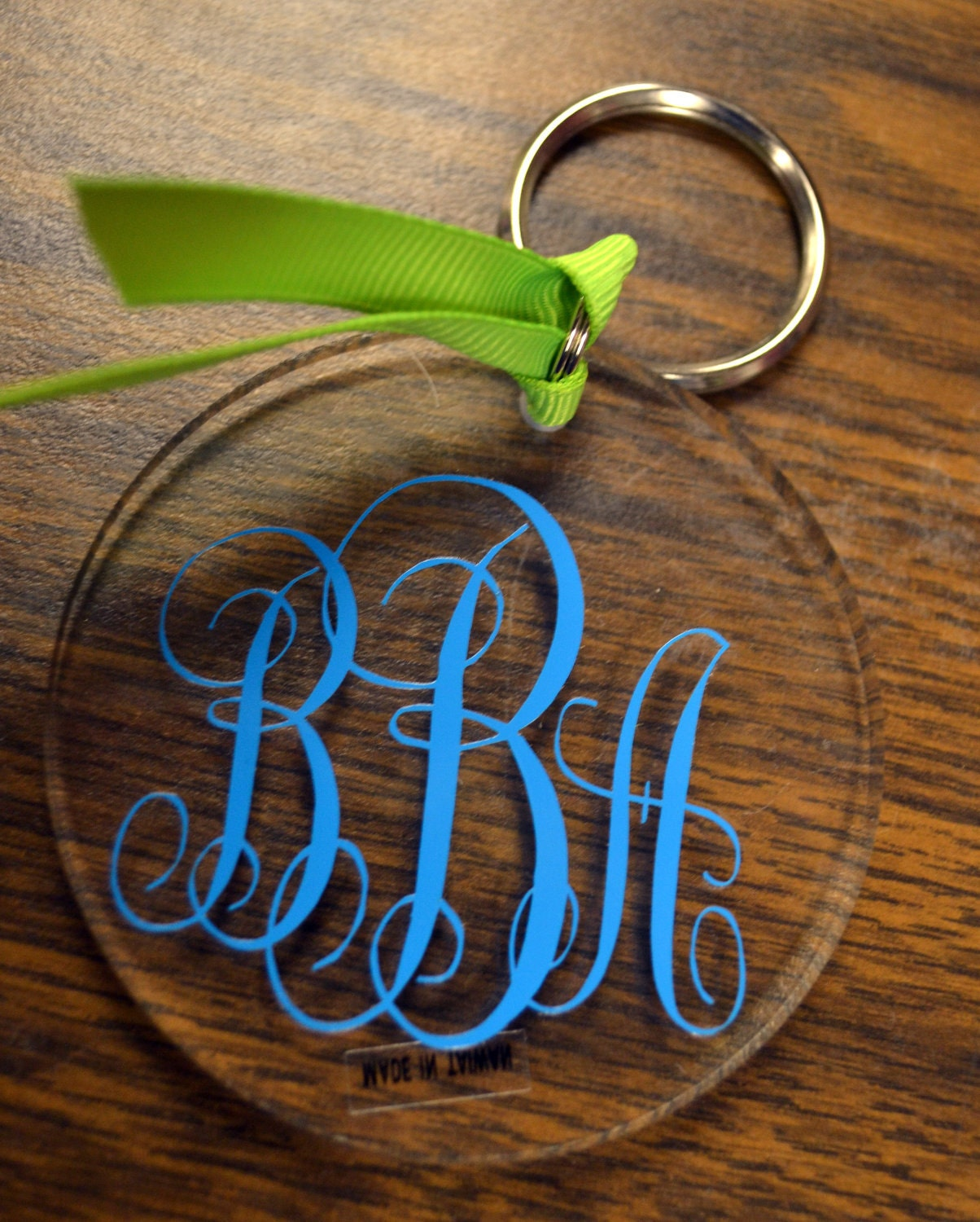 5 Round Acrylic Keychain Blanks For You To Decorate
