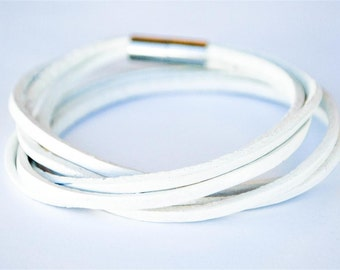 Triple White doublewrapped Magnetic leather bracelet