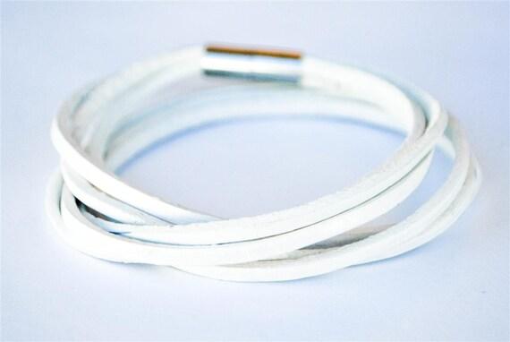 Triple White doublewrapped Magnetic leather bracelet