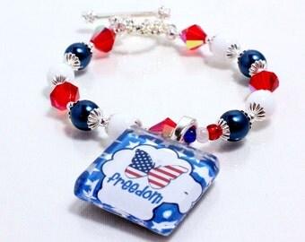 Fourth of July Bracelet, Red White Blue, American Flag, Celebrate Freedom, Patriotic Beaded Bracelet, Freedom Glass Tile