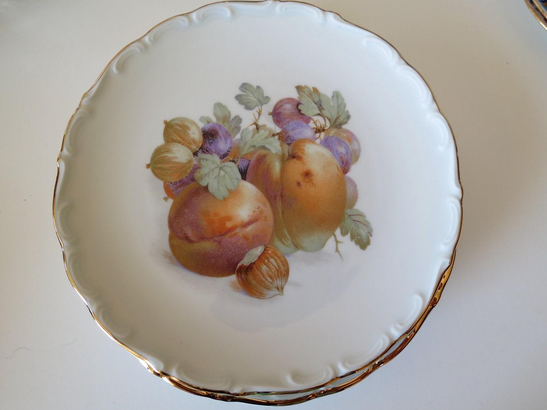 bavaria schumann arzberg german porcelain fruit plates. Black Bedroom Furniture Sets. Home Design Ideas