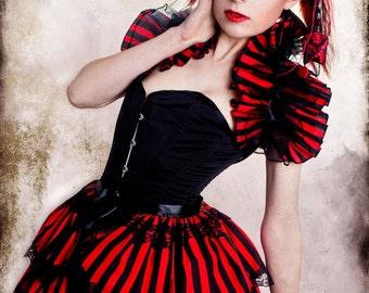 Halloween  BURLESQUE  COSTUME Bustle Skirt  ans Shrug SET goth Steampunk