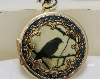 Sale-Locket,Brass Locket,Jewelry,Necklace,Pendant,Black Bird Locket,Sparrow Locket,Photo Locket,Wedding Necklace,Vintage Locket,bridesmaid