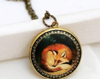 Locket Necklace,Sleepy Fox,Brass Locket,Jewelry Gift,  Fox,Sleep,Red,Mom,Baby Locket, Vintage Style Locket