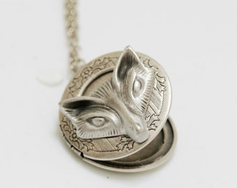 Locket,Fox Locket,Jewelry Gift,Antique Locket,Silver Locket,Woodland,Fox Necklace