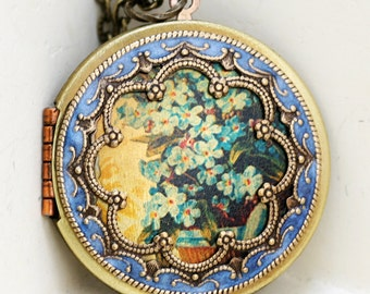 Forget Me Not Flower Locket,Locket,Brass Locket,Vintage Locket,bridesmaid gift,locket necklace,38mm locket,