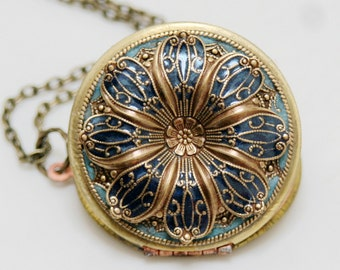 SALE-Locket, Poppy Flower Locket,Resin locket,Blue Locket,Enameled Wedding Necklace,photo locket , brass locket - vintage locket,38mm locket