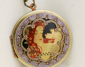 Locket,Brass Locket,Mother with Child Locket,Gustav Klimt's Locket,jewelry gift,,bridesmaid gift,locket necklace,38mm locket,