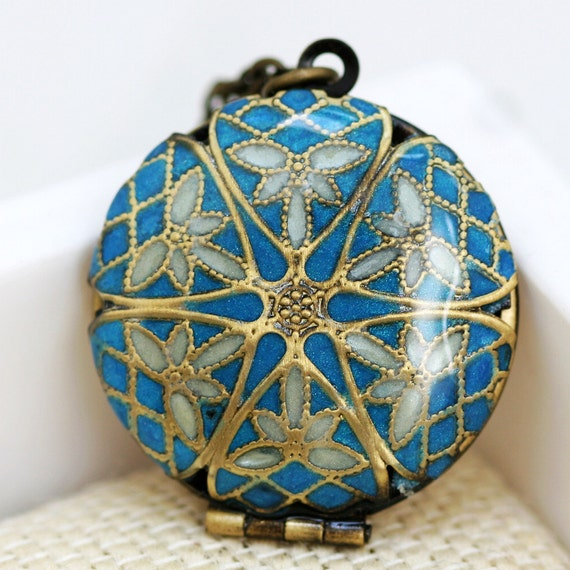 Resin Locket, Blue and White  Filigree  Locket,Wedding Necklace,Bridesmaid Necklace