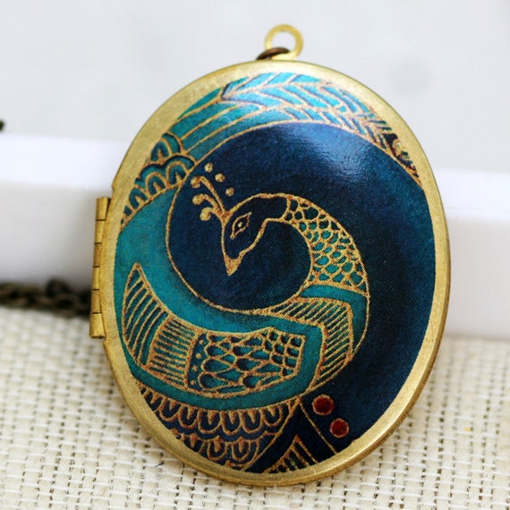 Locket,Blue Peacock Locket,Locket,Brass Locket,Picture Locket,Wedding Necklace,bridesmaid gift, locket necklace