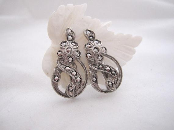 Vintage Sterling Silver Art Nouveau Style Floral Earrings