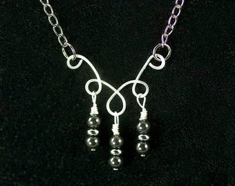 Black Pearl Coiled Necklace