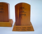 Ghost Town Salt and Pepper Shakers,1960s Knott's Berry Farm, Headstones, California, Here Lies Salt, Here Lies Pepper, Wood, Western, Cowboy