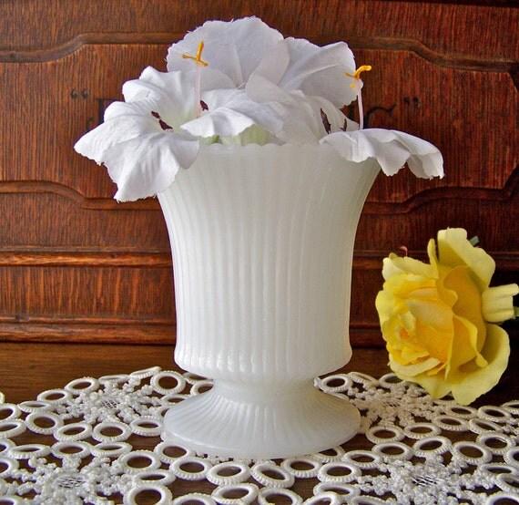 Vintage Milk Glass Ribbed Vase Milk Glass Urn White Vase Classic White Wedding Vase