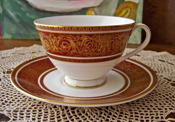 Vintage Teacup and Saucer Royal Doulton Buckingham Red Pattern Footed Teacup English Bone China