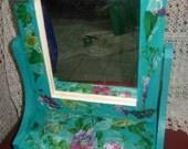 The Secret Garden- inspired floral jewelry case/keepsake/treasury box