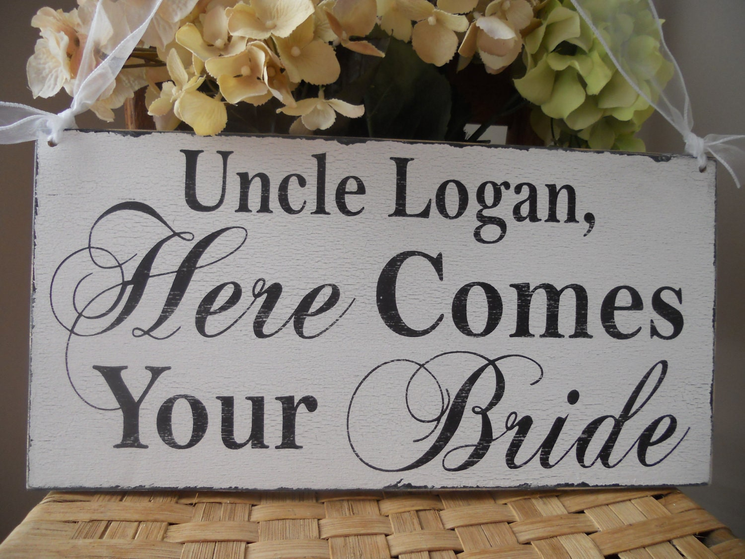 here comes your sign wedding by 2chicsthatbelieve