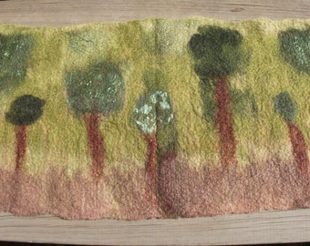 Handfelted landscape Wallhanging 'Forest Green'
