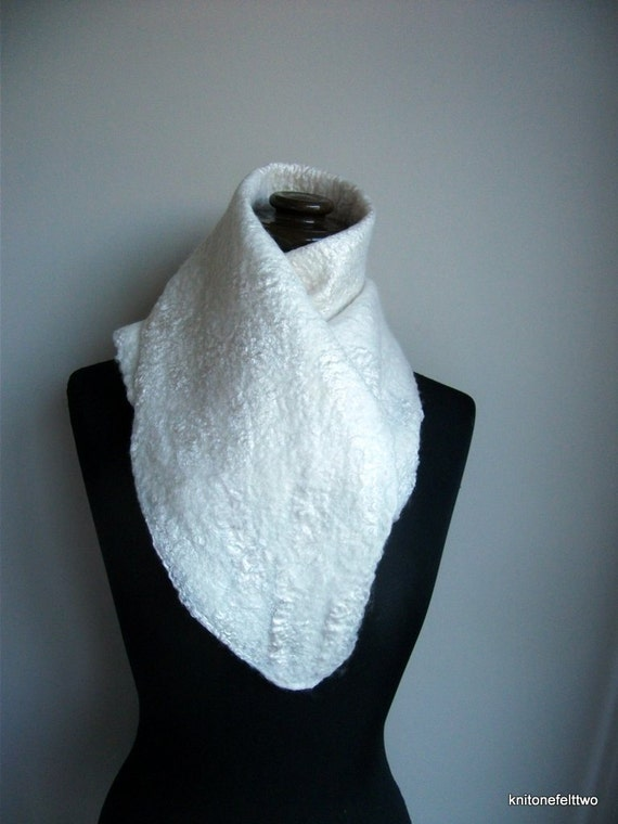 Handfelted white mulberry silk and merino wool Scarf 'Cloud'