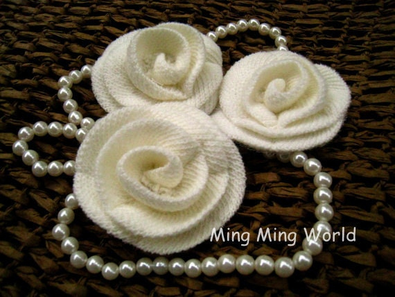 5 PCS Ivory Wool Knitting Flower for Accessories,Bridal,Baby hair clips,Millinery .