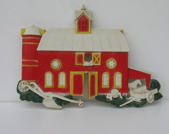 Vintage Red Barn and Farm House Wall Hangings by Homco 1975