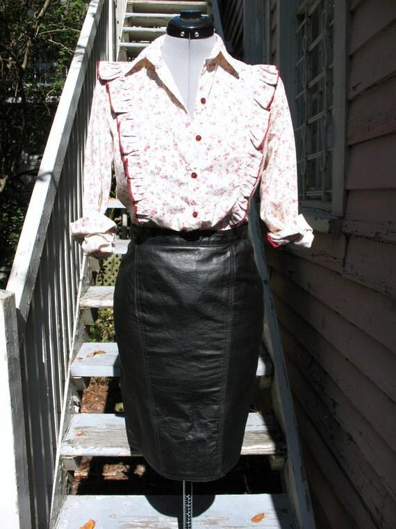 no regrets black leather pencil skirt
