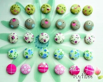 3/4 Inch Fabric Covered Buttons - Set of 30 - Those flowers